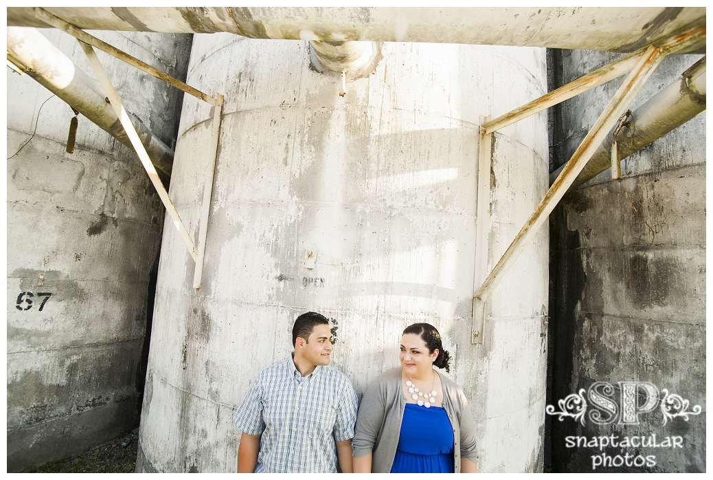 Katy Tx Wedding Photography: Jessica And Danny's Engagement Photos In Katy At No Label