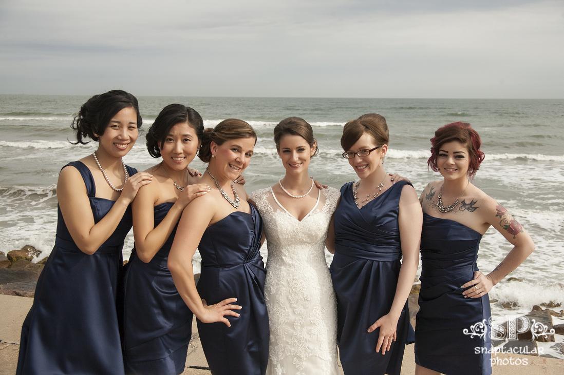 kourtne bridal portraits on galveston seawall, galveston wedding photographer