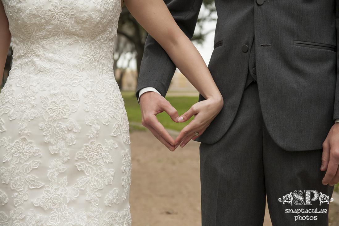 kempner park wedding ceremony, kourtne and blake's rustic outdoor wedding at garten verein in galveston tx, galveston wedding photographer